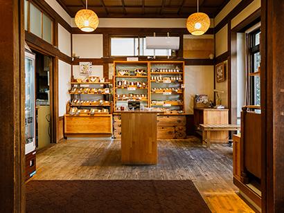 木の花屋大門店の内装写真
